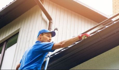 Gutter Cleaning Minneapolis - Gutter Repair - Roof Cleaning